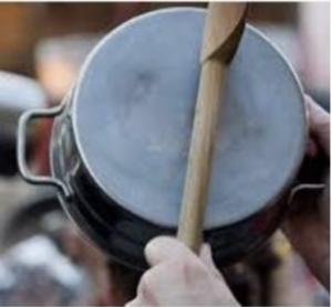 Concert de casserole pour le préfet dans le Morvan