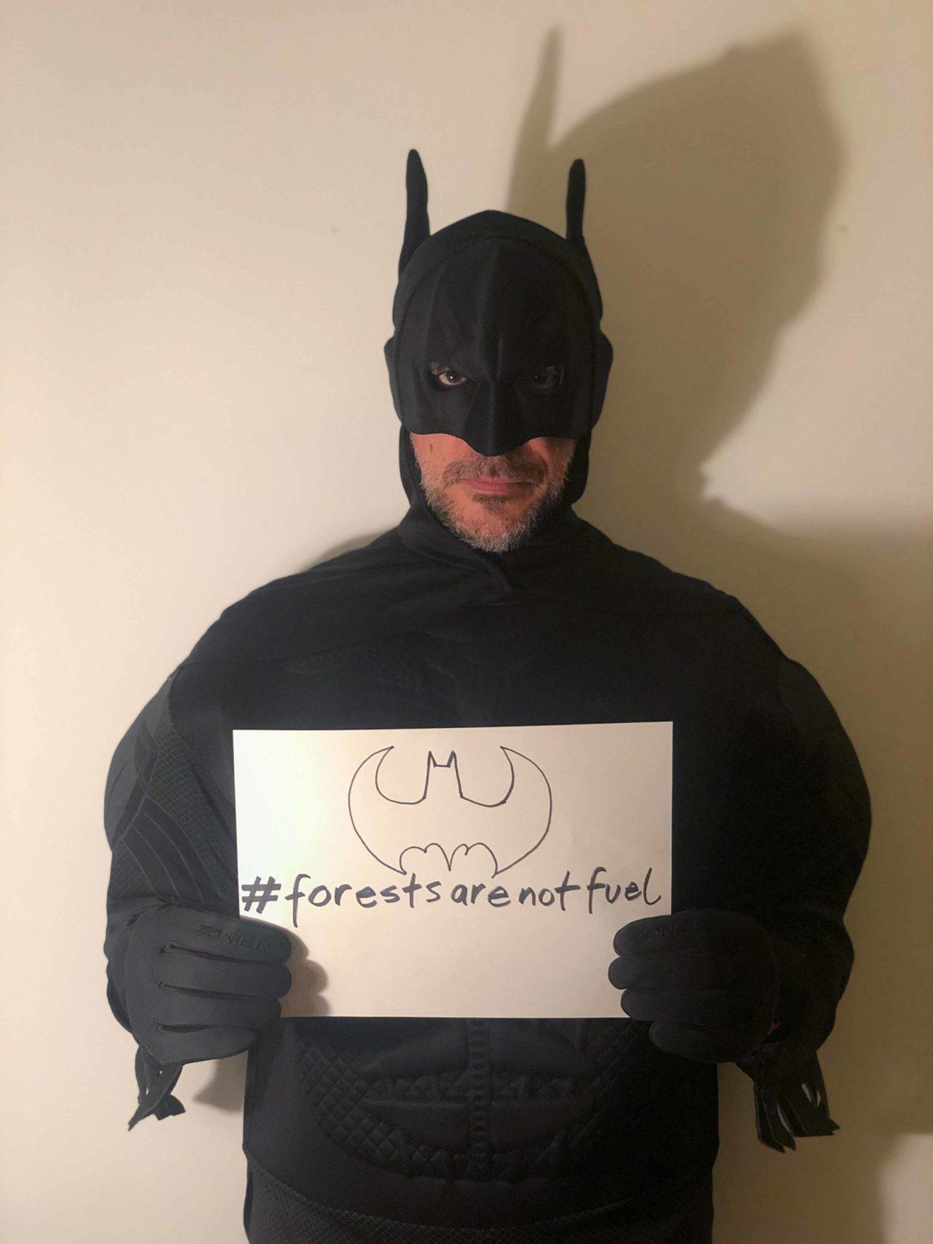 Hashtag-superhero-LT-1